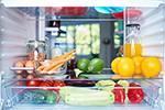 冷蔵庫は食材で一杯!内食化で「買いたくても買えない」!?