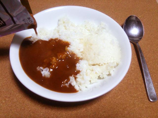「食と生活」のマンスリー・ニュースレター<br>伸びるレトルトカレー 品質向上がカレールーを脅かす