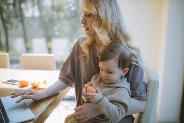 「食と生活」のマンスリー・ニュースレター<br>ウィズ・コロナ時代の新たな食生活 増える女性の調理負担